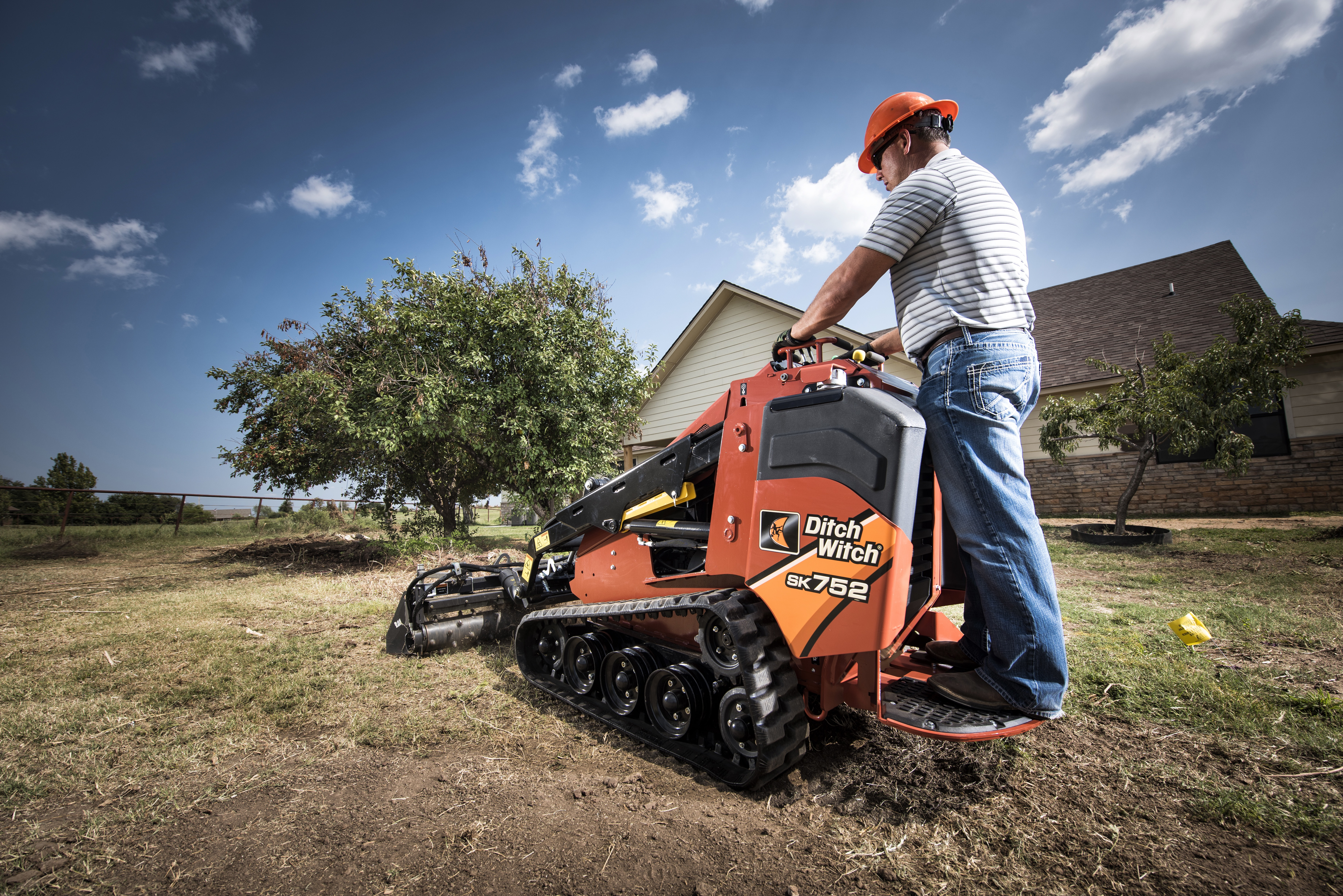 Ditch Witch® SK752 Mini Skid Steer Introduced with Added Capacity