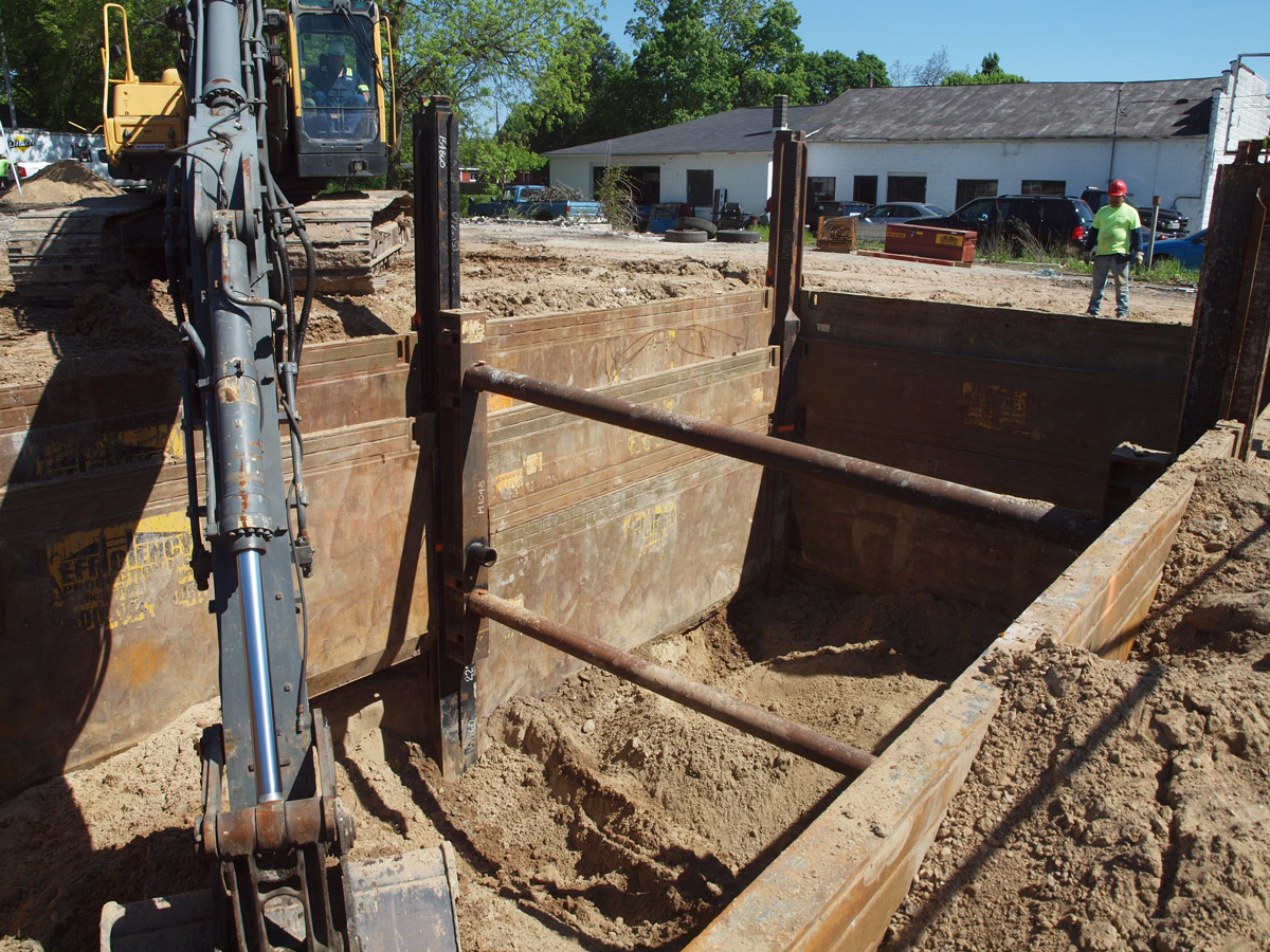 Pitsch Companies Discovers Benefits of Slide Rail Shoring System